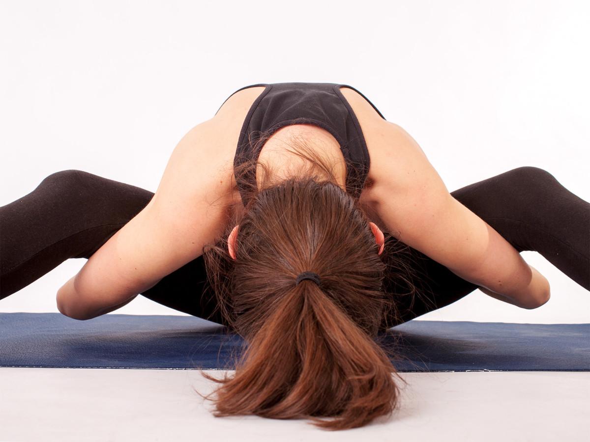 Jak být fyzicky i emočně fit po porodu? Podívejte se očima jógové energetiky.